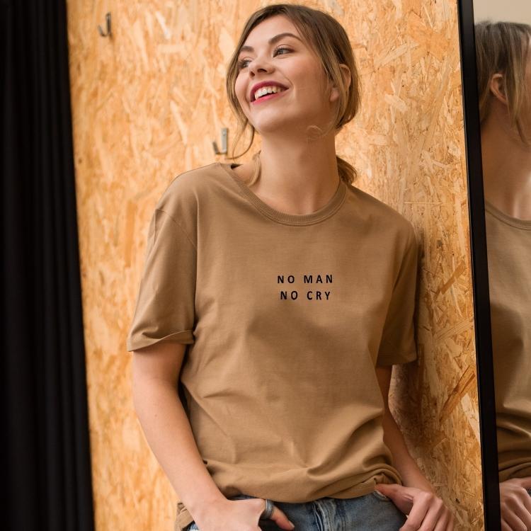 T-shirt No man No cry - Femme - 1