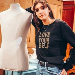 Sweatshirt Love Yourself - Femme - 1